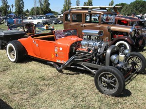 """A Model T """"Yes I can do 150mph"""" Henry"""